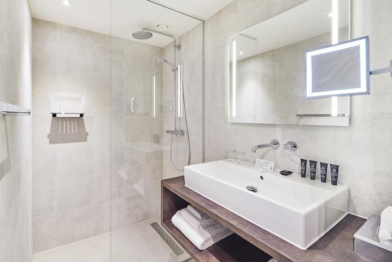 hotel-nassau-breda-badkamer